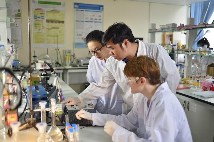 Quy định mới về công dân Việt Nam ra nước ngoài giảng dạy, học tập, nghiên cứu khoa học