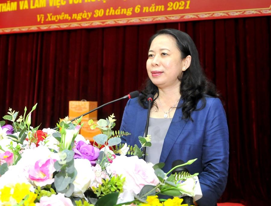 Phó Chủ tịch nước Võ Thị Ánh Xuân phát biểu chúc mừng Đảng bộ, chính quyền, nhân dân các dân tộc Hà Giang