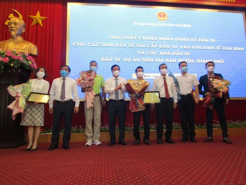 Thái Bình trao chứng nhận đăng ký đầu tư cho 5 dự án, với tổng vốn 600 triệu USD