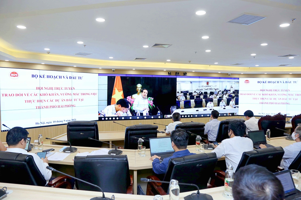 Trước ngày 25/9, trình Thủ tướng Báo cáo về vướng mắc và kiến nghị giải pháp thúc đẩy đầu tư công