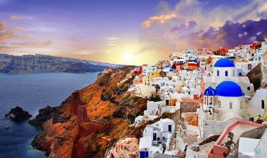 Một Santorini thanh khiết