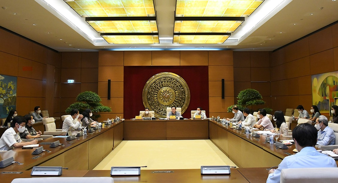 Chủ tịch Quốc hội Vương Đình Huệ: Siết chặt kỷ luật, kỷ cương lập pháp...