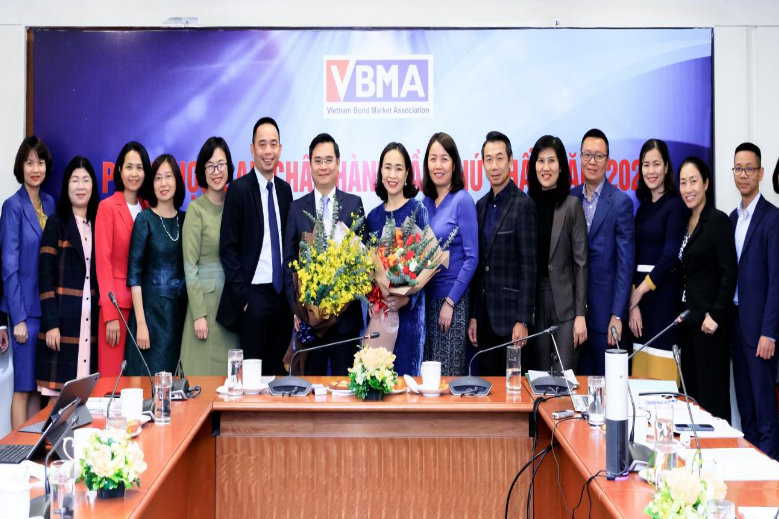 VBMA lần đầu khảo sát về triển vọng kinh tế vĩ mô quý III/2021