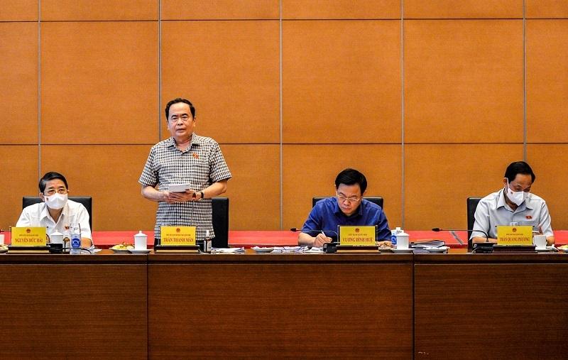 """Tin Kinh tế: Chủ tịch Quốc hội Vương Đình Huệ: Cần tăng tính tranh luận và không """"tô hồng"""" thực tế"""