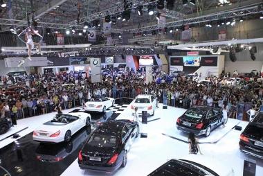 Năm 2014: Sản lượng tiêu thụ ô tô vượt dự báo