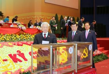 7 ủy viên Bộ Chính trị khóa XI tái đắc cử