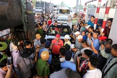 Thủ tướng Chính phủ yêu cầu sớm lập lại an ninh, trật tự tại các trạm thu giá BOT trên toàn quốc