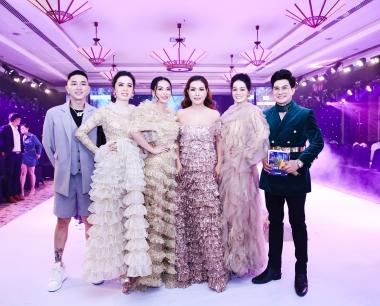 Dàn thí sinh Hoa hậu Doanh nhân Việt Nam Toàn cầu xuất hiện tại sự kiện Queen & Princess