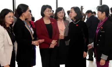 Hướng tới tăng tỷ lệ nữ tham gia, quản lý, lãnh đạo