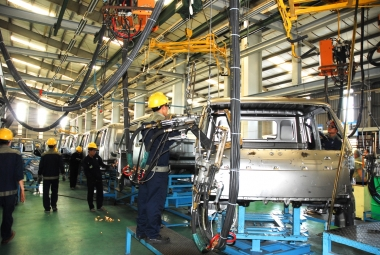 Ban hành nhiều chính sách hỗ trợ ngành công nghiệp ô tô Việt Nam