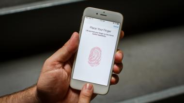 Apple tung phần mềm khắc phục lỗi nhận dạng vân tay