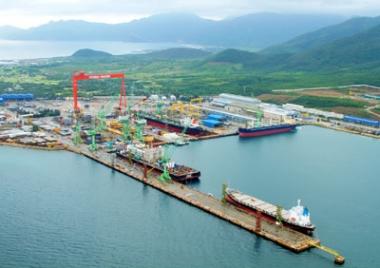 Đầu tư gần 1.000 tỷ đồng làm đường giao thông vào khu kinh tế Vân Phong