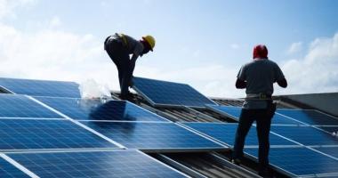 Giảm phát thải khí nhà kính từ hoạt động năng lượng