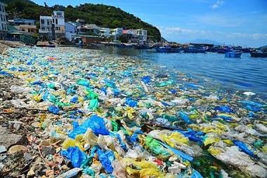 Nâng cao nhận thức trong việc sử dụng, quản lý rác thải nhựa