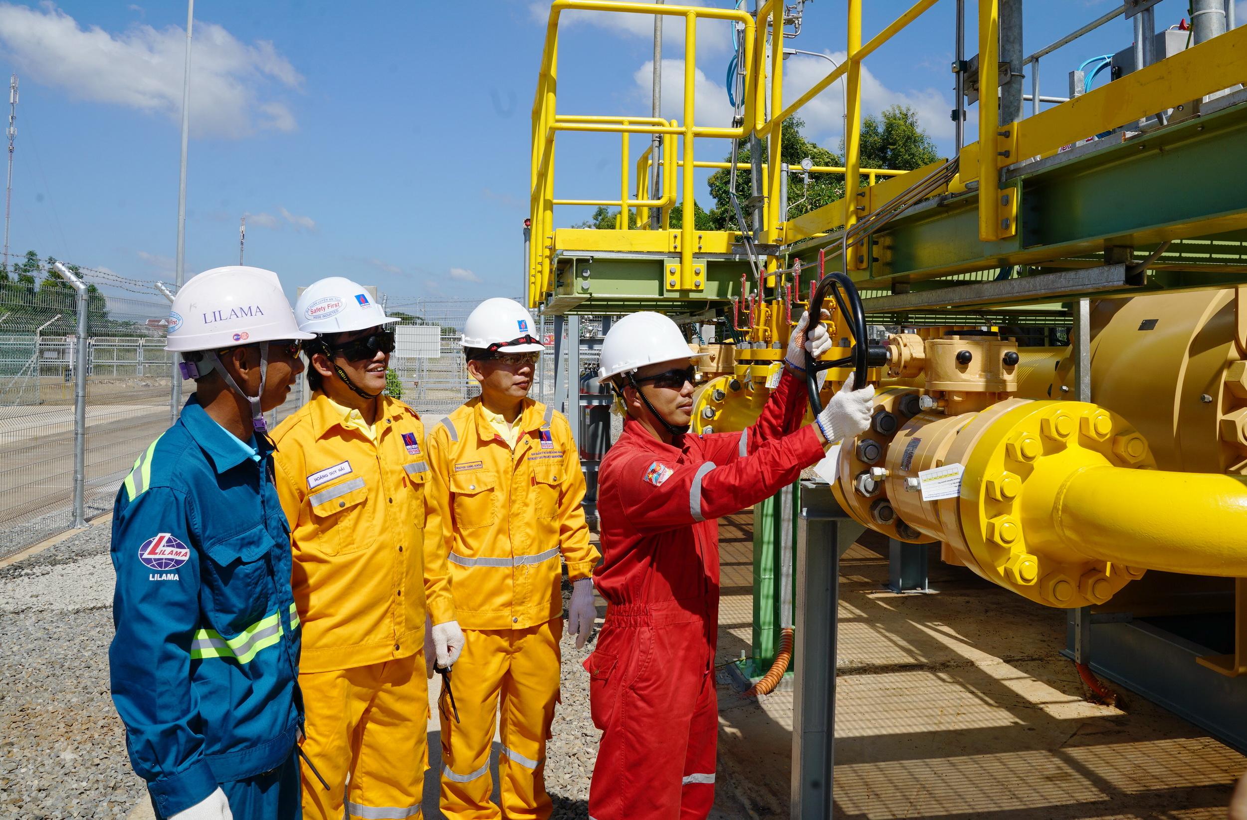 PV GAS tăng cường ứng phó dịch bệnh và diễn biến giá dầu năm 2021