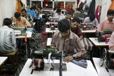 Ấn Độ vượt mặt Trung Quốc trong cuộc đua tăng trưởng
