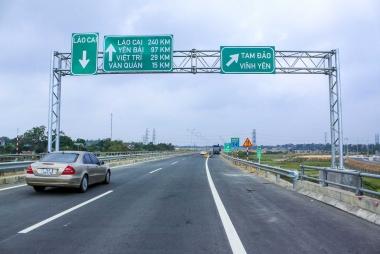 Xử lý nghiêm các hành vi gây mất an toàn trên tuyến cao tốc Nội Bài - Lào Cai