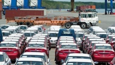 Nới lỏng điều kiện nhập khẩu ô tô dưới 9 chỗ