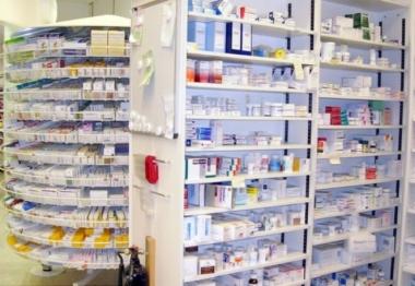 Việt Nam đang nhập khẩu dược phẩm nhiều nhất từ Pháp