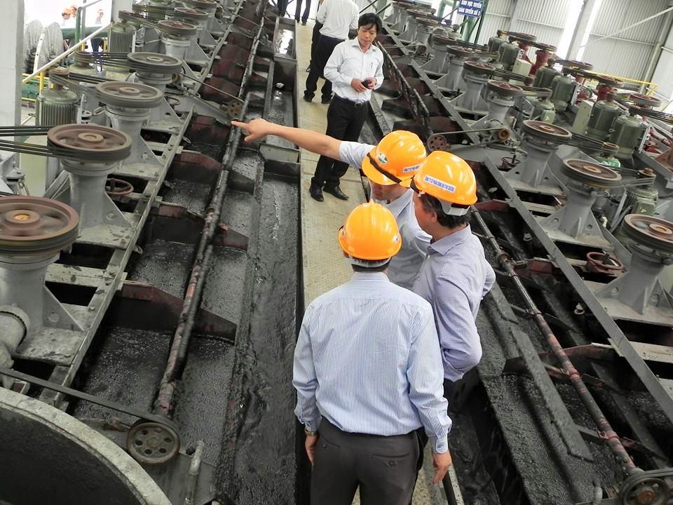 Sử dụng chất thải trong sản xuất vật liệu xây dựng cần tuân thủ các yêu cầu gì?