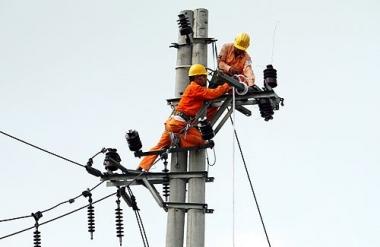 Lại lo ngại cách tính giá điện tăng theo vùng, mùa