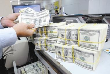 Đột biến 7,3 tỷ USD gửi ra nước ngoài: Chuyện bình thường!