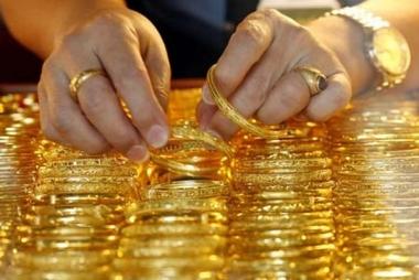 """Tuần từ 16-21/04: Giá vàng tiếp tục """"leo dốc"""" do chiến sự tại Syria"""