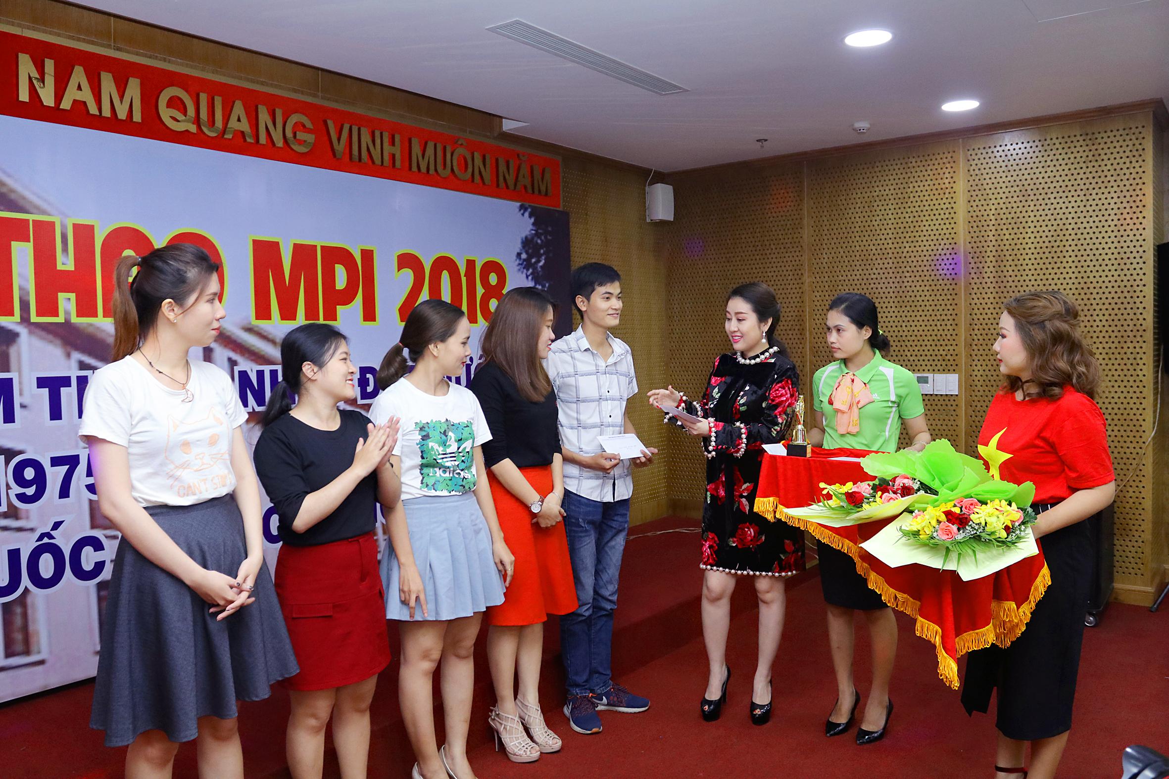 Hứng khởi hội thi văn nghệ MPI tại Bộ Kế hoạch và Đầu tư khu vực phía Nam
