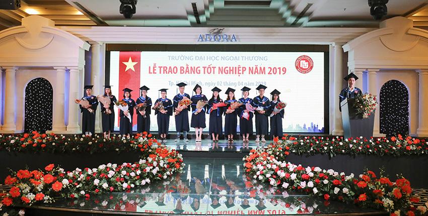 Cơ sở II trường Đại học Ngoại thương tổ chức lễ trao bằng tốt nghiệp  đợt tháng 04 – 2019