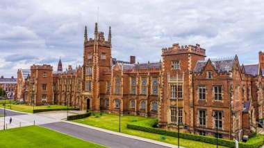 Ghé thăm 10 trường đại học đẹp nhất thế giới