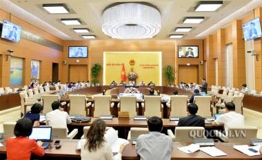 Dự kiến bỏ hợp đồng không xác định thời hạn với viên chức được tuyển dụng mới
