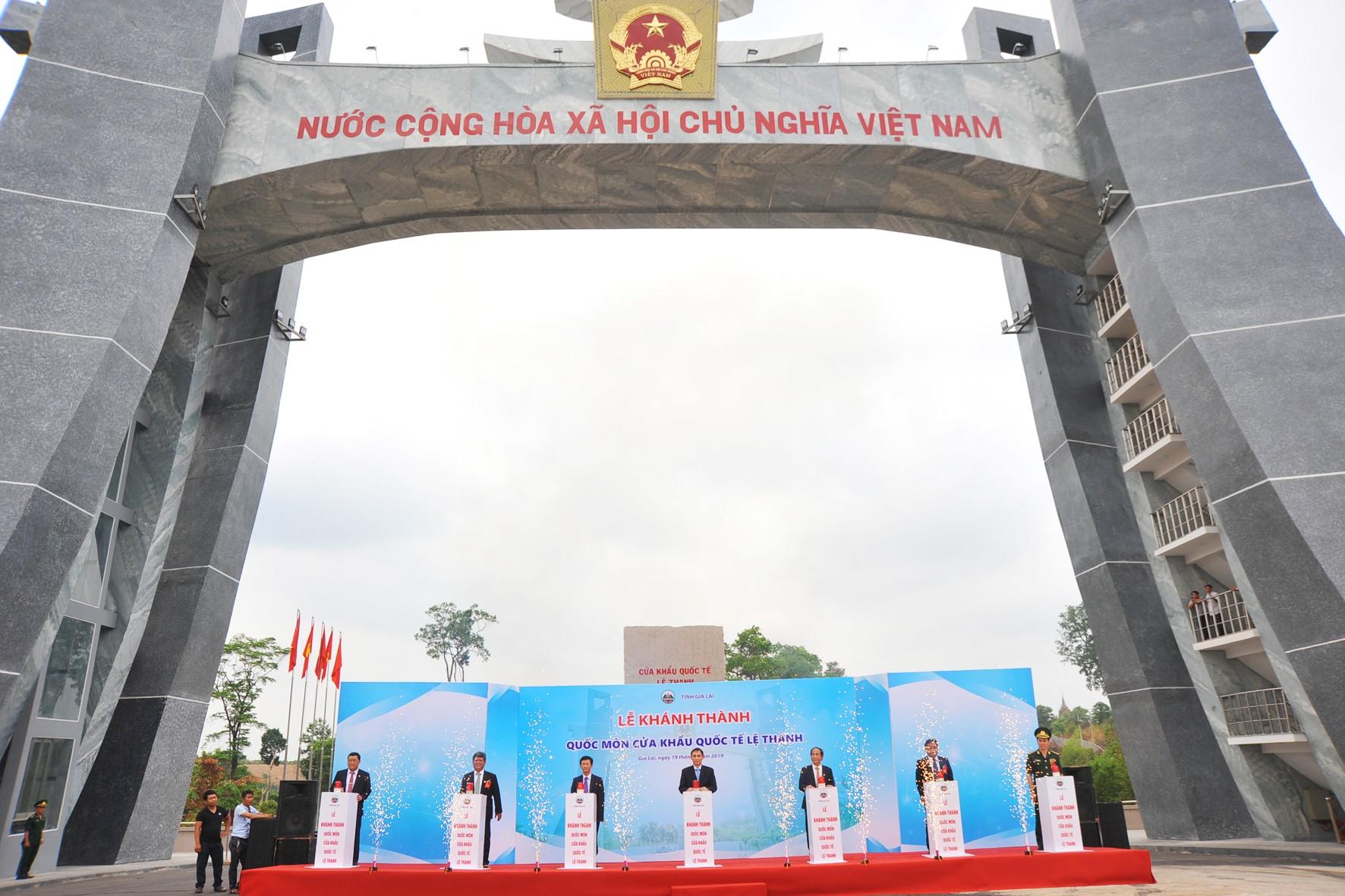 Tỉnh Gia Lai: Khánh thành Quốc môn - Cửa khẩu quốc tế Lệ Thanh