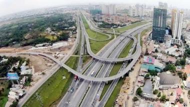 Việc khai thác tài sản kết cấu hạ tầng giao thông đường bộ phải tuân theo cơ chế thị trường