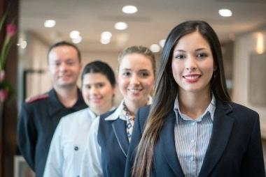 Thái độ phục vụ và ảnh hưởng của nó đến quyết định mua hàng