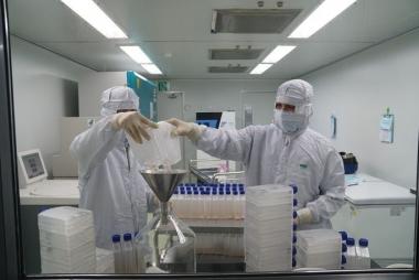 Tháng 5/2021, sẽ thử nghiệm vaccine chống COVID-19 với 10.000 - 15.000 người