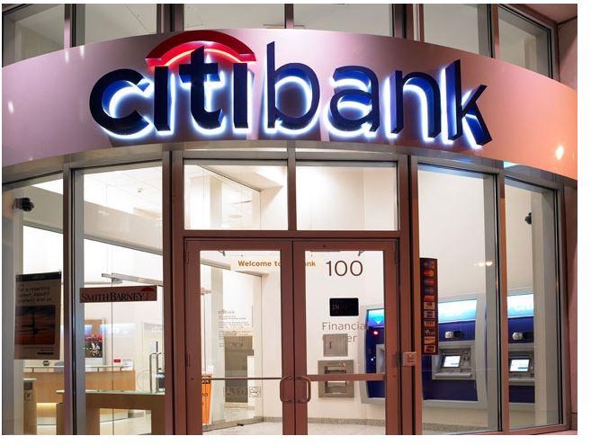 Cơ cấu nợ, miễn, giảm lãi, phí cho khách hàng: Từ 17/5, nhà băng ngoại theo quy định mới