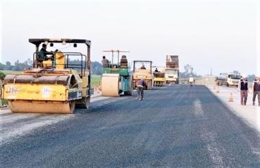 """Bộ trưởng Bộ Giao thông vận tải: """"Không chấp nhận tình trạng dự án chậm tiến độ"""""""