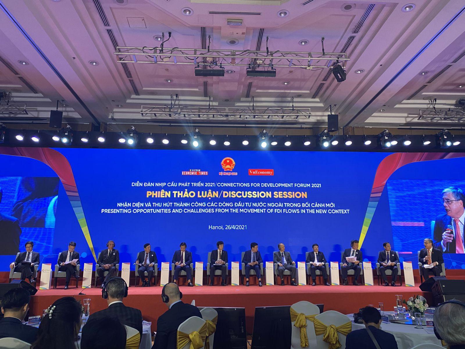 Việt Nam làm gì để đón làn sóng thu hút FDI lần thứ 4?