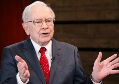 5 điều bạn có thể học hỏi Warren Buffett, người vừa đầu tư 1 tỷ USD vào Apple