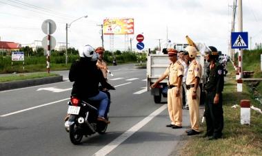 Từ 01/8/2016, tăng mức xử phạt vi phạm giao thông