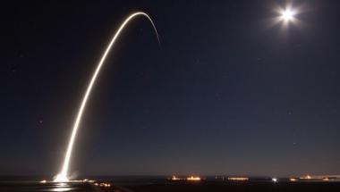 SpaceX phác thảo kế hoạch ra mắt không gian internet dựa trên băng thông rộng năm 2019
