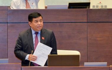 Bộ trưởng Bộ KH&ĐT giải trình về những điểm chưa rõ trong Luật Hỗ trợ DNNVV