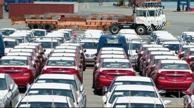 Doanh nghiêp nhập khẩu ô tô phải có ít nhất 1 cơ sở bảo hành, bảo dưỡng