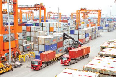 Tháng 04/2018: Kim ngạch xuất – nhập khẩu đều giảm