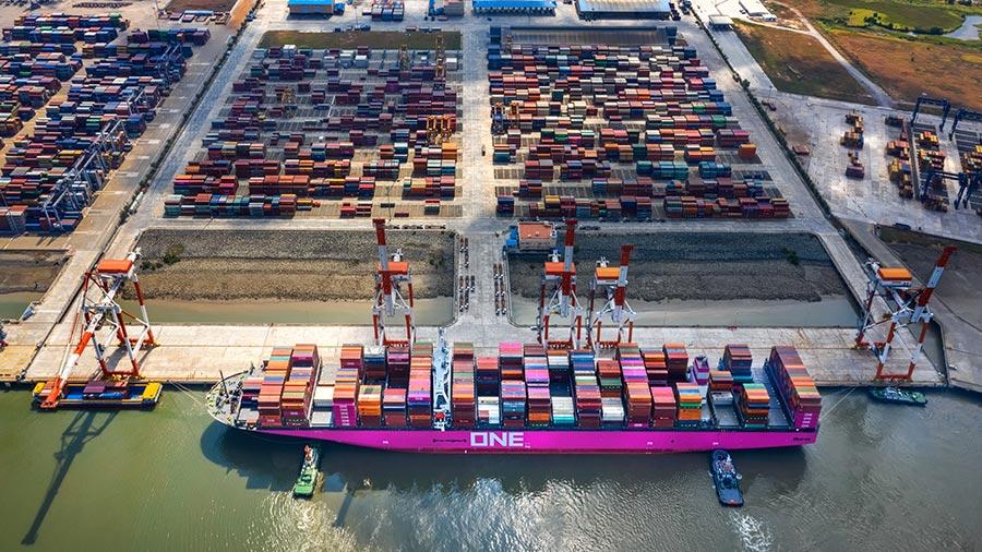 Xuất siêu 1,29 tỷ USD 4 tháng đầu năm, có 19 mặt hàng đạt kim ngạch xuất khẩu trên 1 tỷ USD