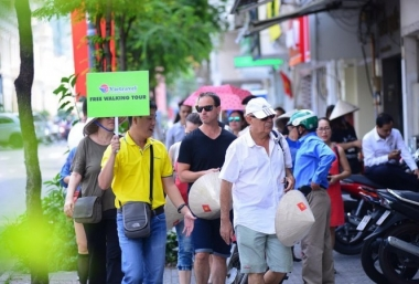 Khách quốc tế đến Việt Nam 4 tháng giảm 98% so với cùng kỳ 2020