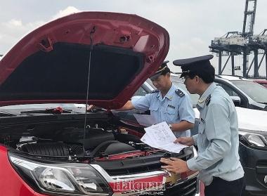 4 tháng, lượng ô tô nguyên chiếc nhập khẩu tăng mạnh