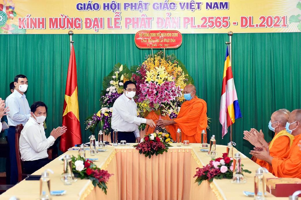 Thủ tướng Phạm Minh Chính chúc mừng đại lễ Phật đản