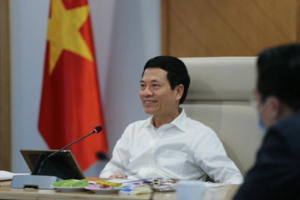 Bộ trưởng Nguyễn Mạnh Hùng: Còn sách thì còn tri thức, còn sách thì còn loài người