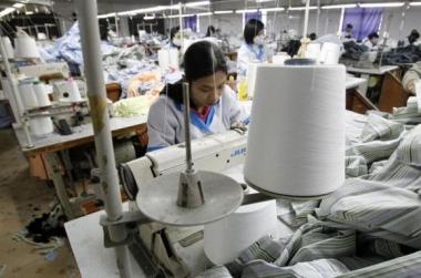 """Không giảm lệ thuộc vào Trung Quốc, dệt may sẽ gặp """"khó"""" với TPP"""